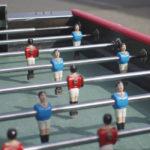 Location de baby foot Renée Pierre : gros plan sur les joueurs